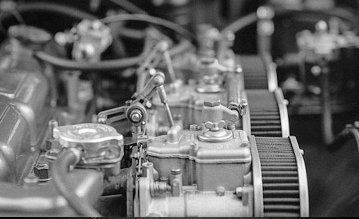 limpiar-motor-coche
