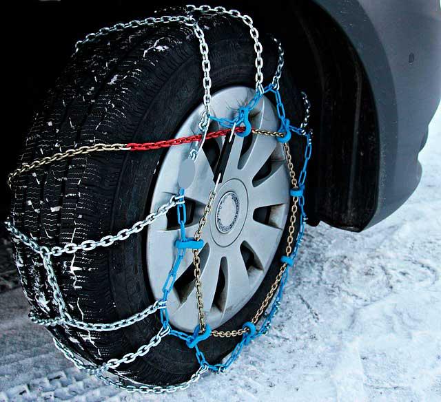 como-poner-las-cadenas-en-el-coche